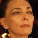 Maria Rosaria Omaggio - DIATRIBA D'AMORE contro un uomo seduto